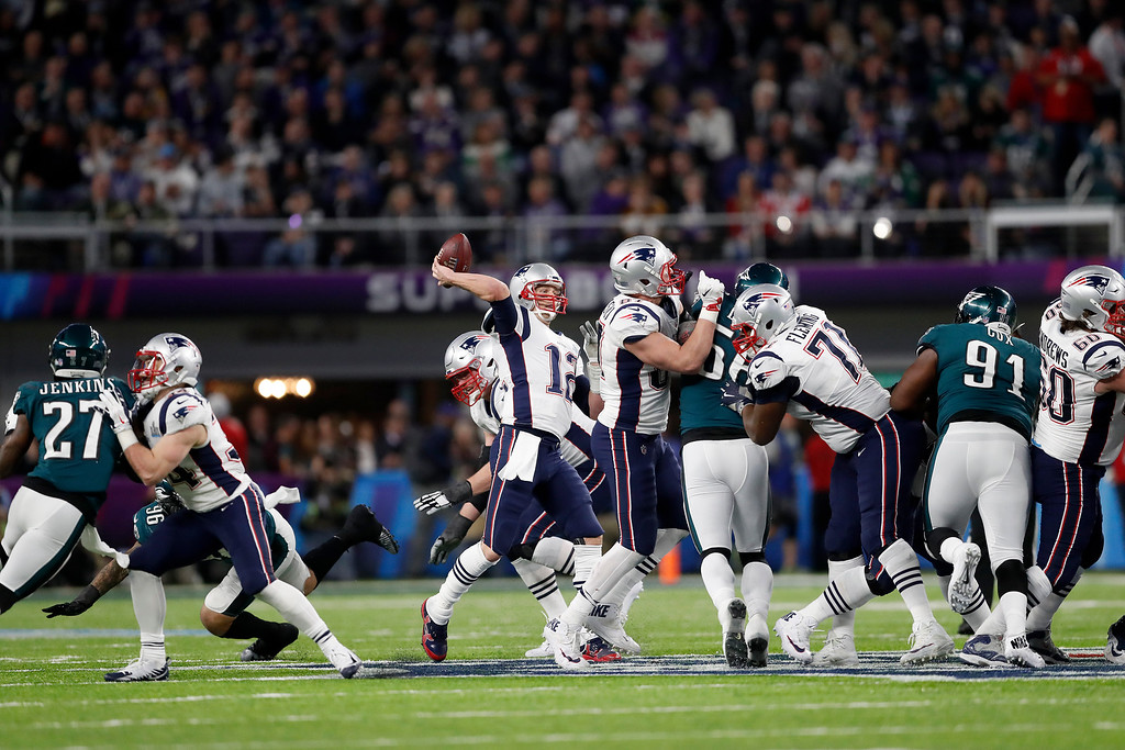 . New England Patriots\' Tom Brady passes against the Philadelphia Eagles during the second half of the NFL Super Bowl 52 football game Sunday, Feb. 4, 2018, in Minneapolis. (AP Photo/Jeff Roberson)