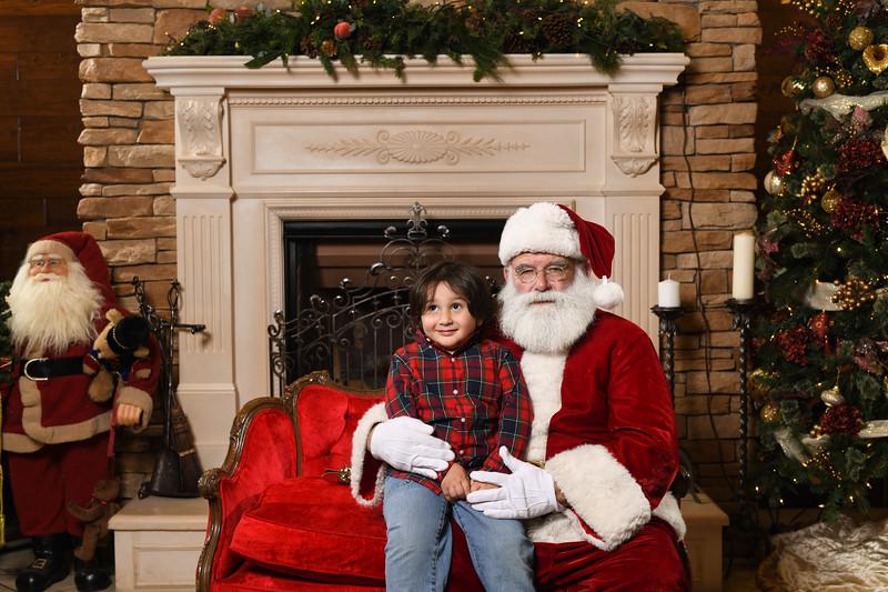 Santa2018.TylerBoye.-155.jpg