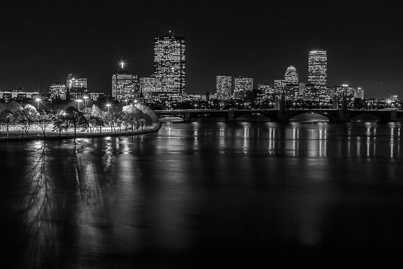 Boston Skyline bw--2.jpg