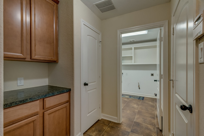 Garage Entry & Laundry Room
