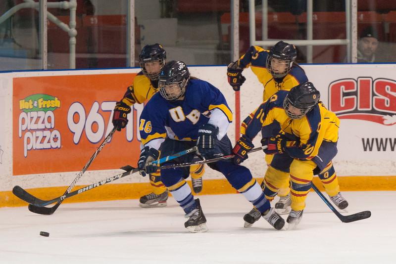 20130310 QWHockeyvsUBC 687.jpg