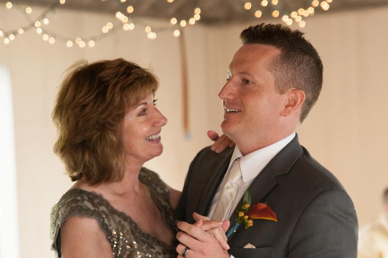 bap_schwarb-wedding_20140906154107_DSC2714