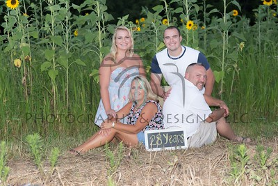 The Krietz Family | Sunflower Session