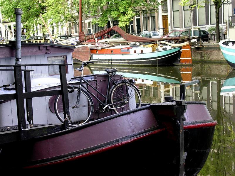 Kanalbåt i Keizersgracht (Foto: Ståle)