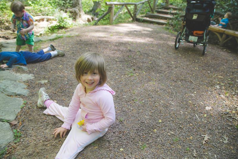 lyo hike kids (1 of 1)-4.jpg
