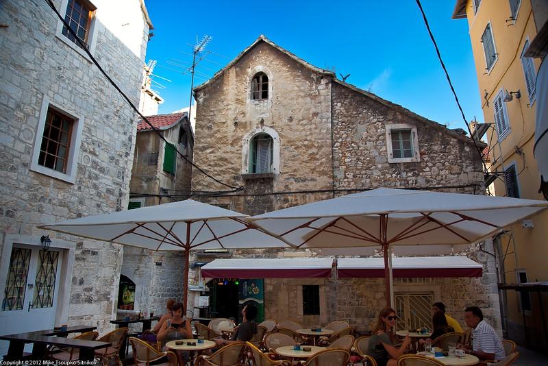 Split. A street cafe