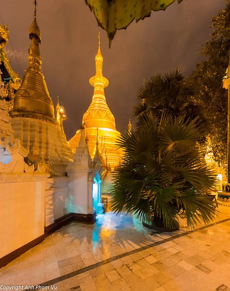 Yangon August 2012 094.jpg