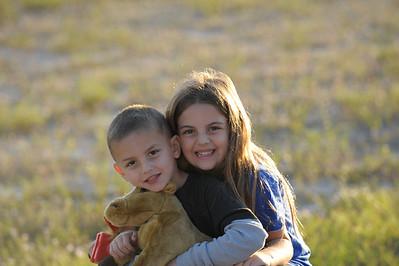 2008-12-07 - Kids outside