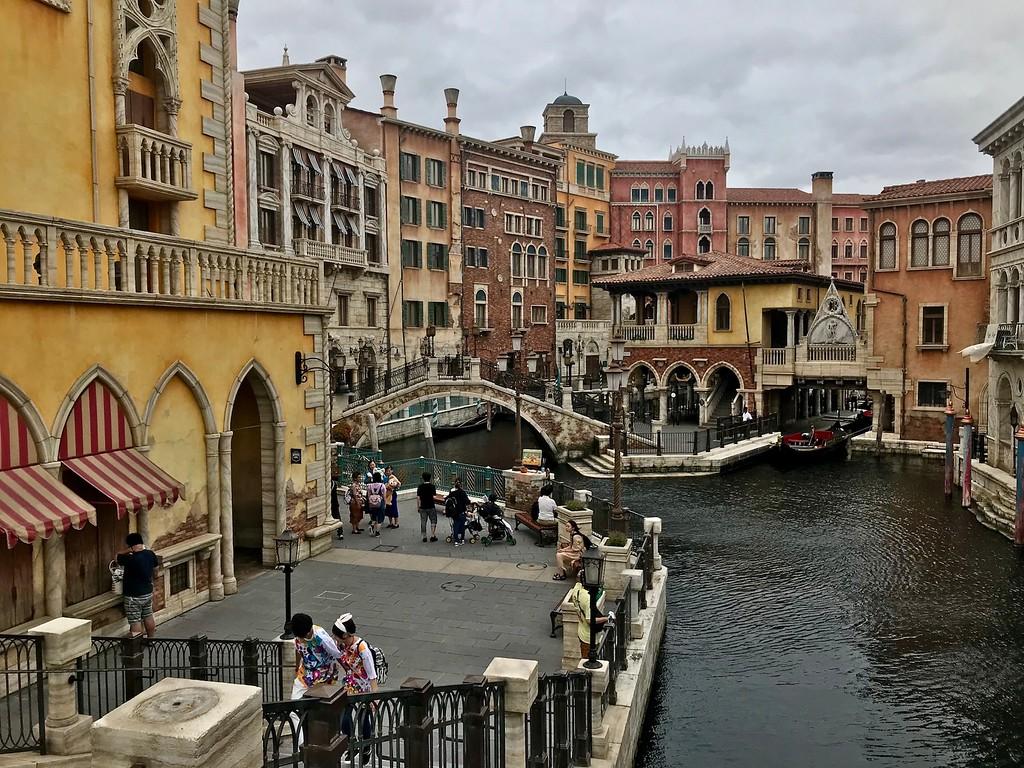 A Venetian-style harbor.