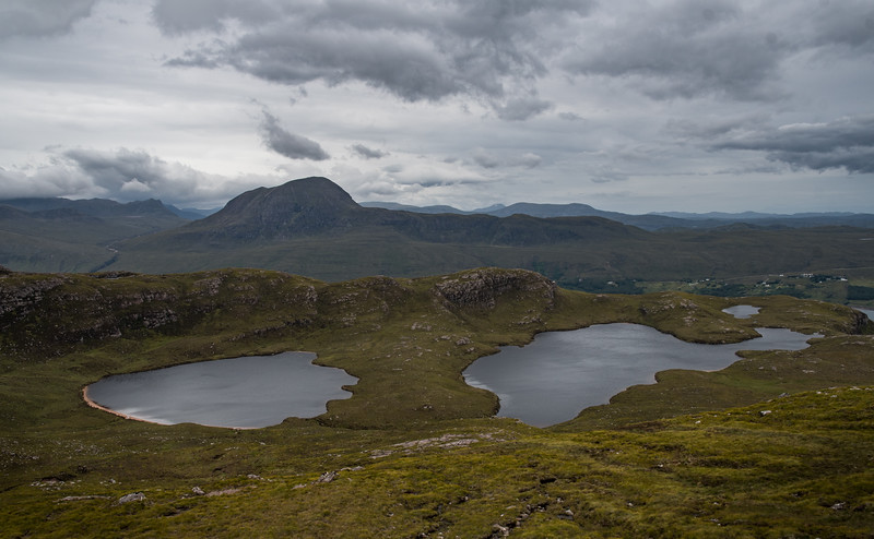 Loch na Coireig (left) and Loch na h-Uidhe (right) and Sàil Mhòr in the distance