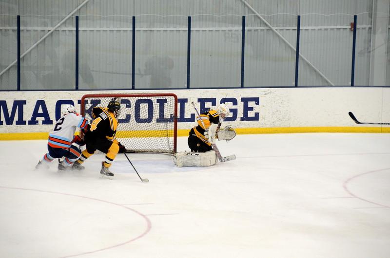 141122 Jr. Bruins Hockey-062.JPG