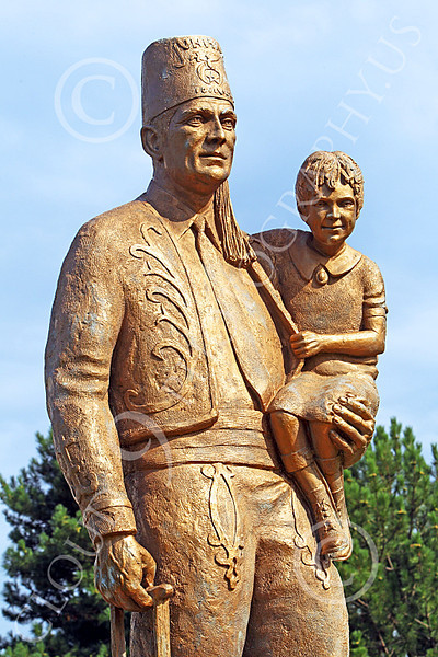 Pictures of Statues Honoring Civic Minded Compassionate American Civilians