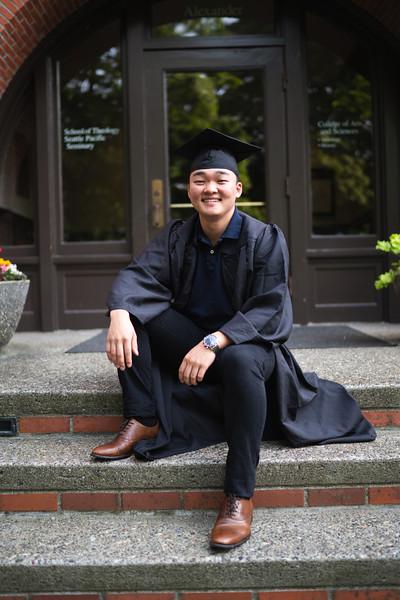 2018.6.7 Akio Namioka Graduation Photos-6623.JPG
