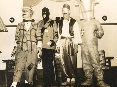 Anos 60. Henrique Rodrigues - o Palhaço; Vítor Santos - o Mão Negra; Luís Melim - o Turco e Manuel Cristóvão - o Marciano.