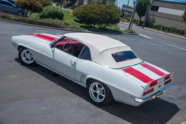1969 Camaro White/Red Stripes