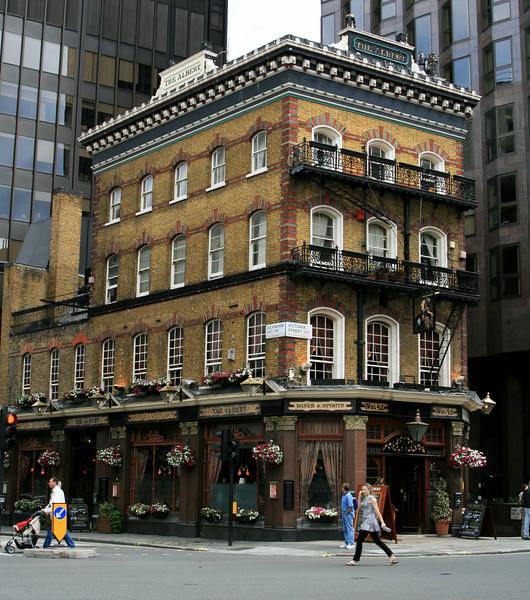 London 342.jpg