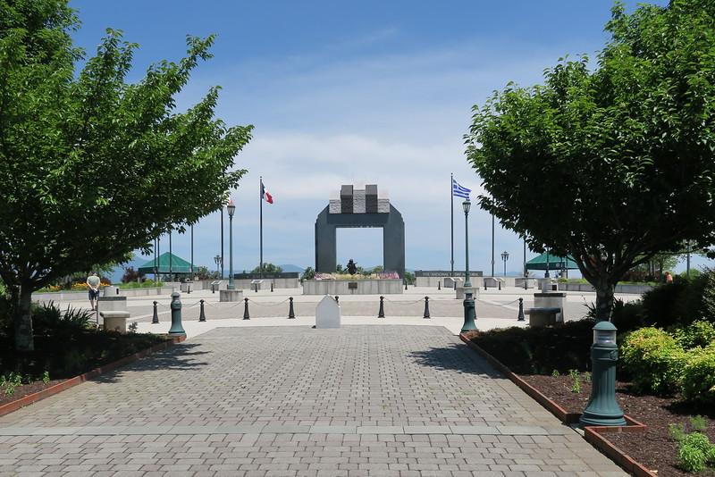 Estes Plaza from the Stettinius Parade