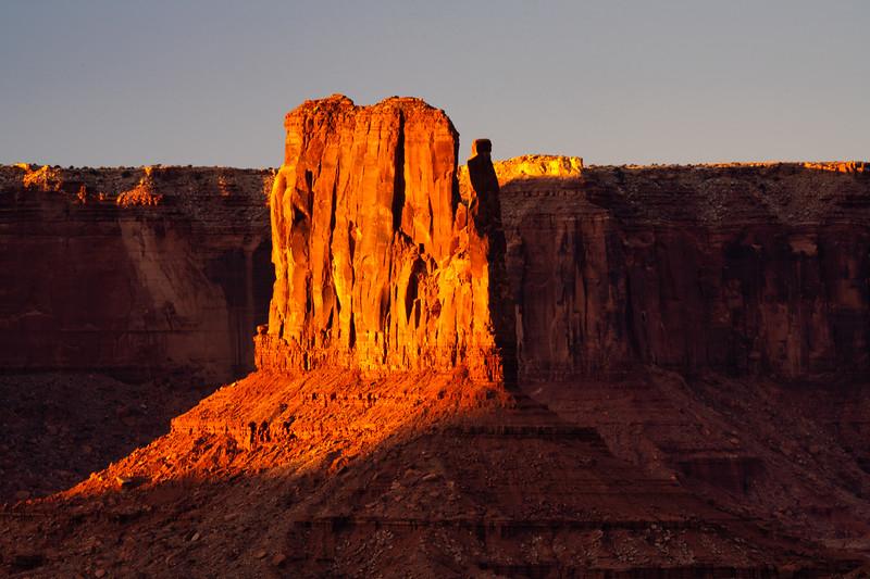 Sunlit Mitten, Monument Valley