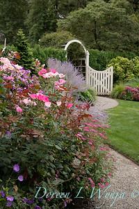Teresa Dennis & Lucy Hardiman designers - Wedeking garden