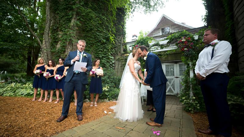 Garrett & Lisa Wedding (318).jpg
