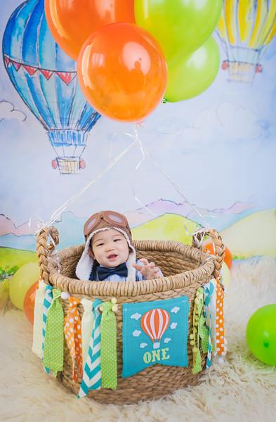 cutie-newportbabiesphotographycakesmash-6795-1.jpg