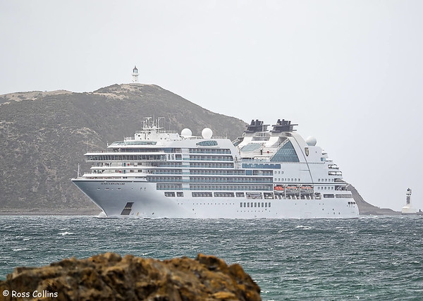 MV Seabourn Encore