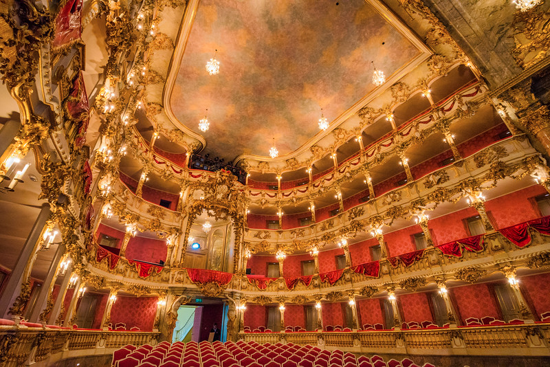Cuvillier-Theatre.jpg