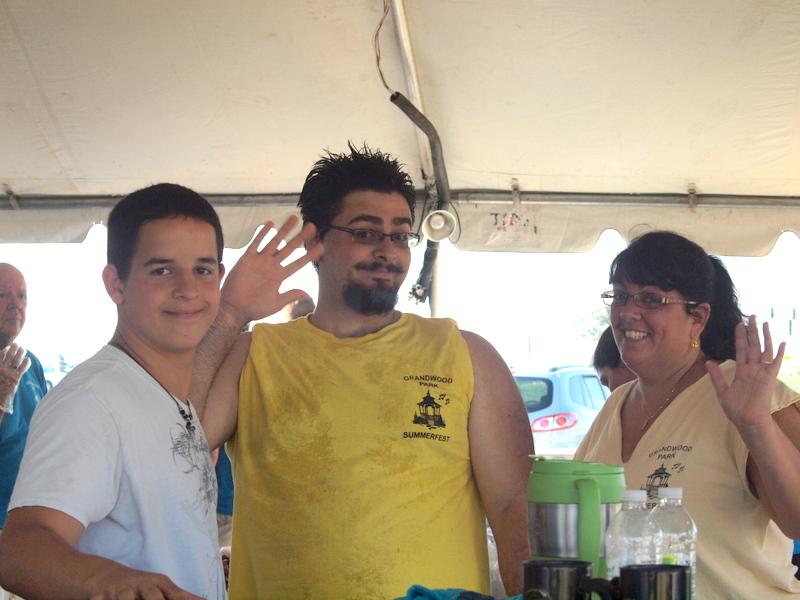 Summerfest Kitchen Crew -020.JPG