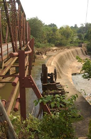 2003 Glendale Old Wooden Dam