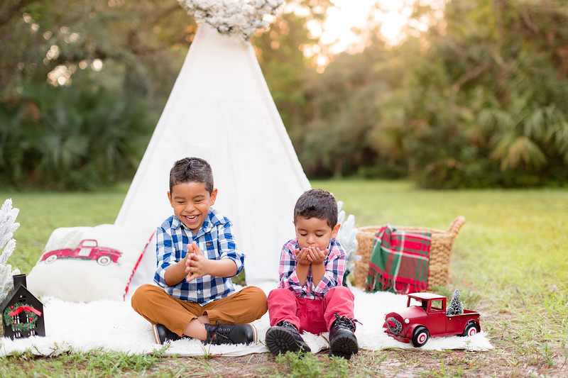 Ariza Family 2020-53.jpg