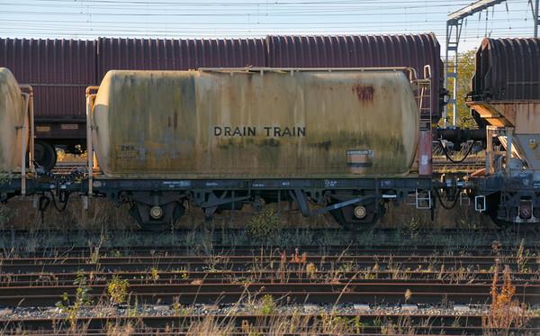 ZRA - 2 Axle Tank Wagon (Drain Train)