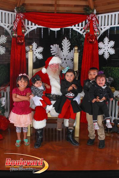 Santa 12-10-16-383.jpg