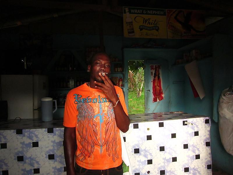jamaica_bar-on-road2013-IMG_2202.jpg