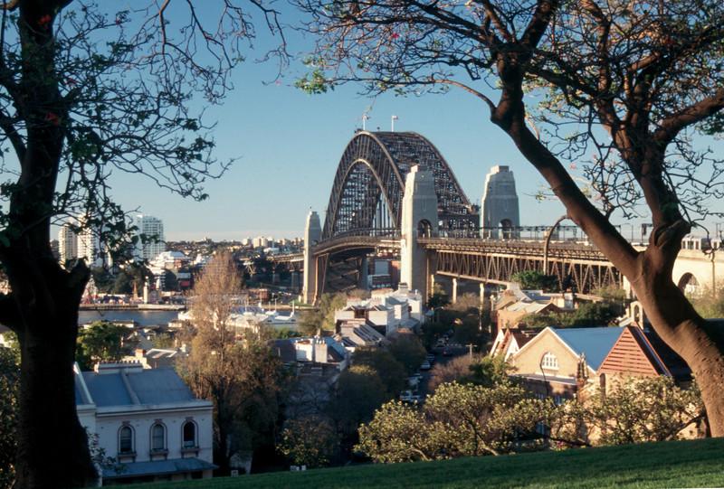 Australia - Sydney - Harbour Bridge cs.jpg