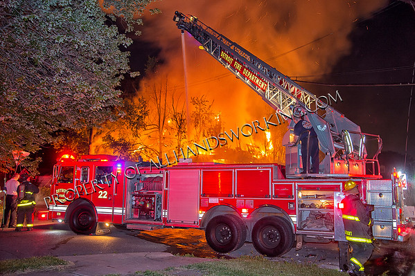 Detroit 32nd and Rich dwelling fire