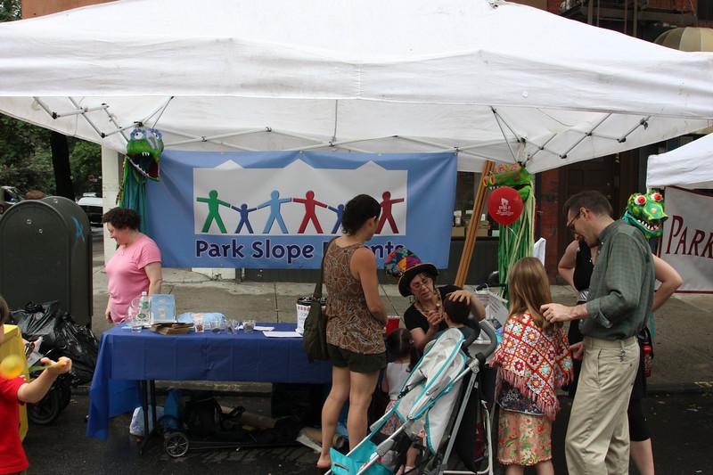 08.06.15f Seventh Heaven Street Fair-8.jpg