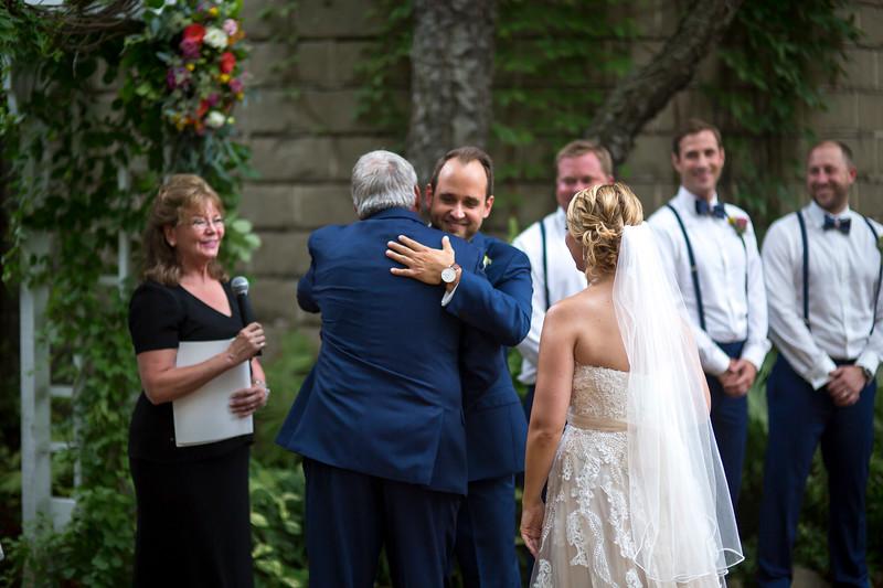 Garrett & Lisa Wedding (306).jpg