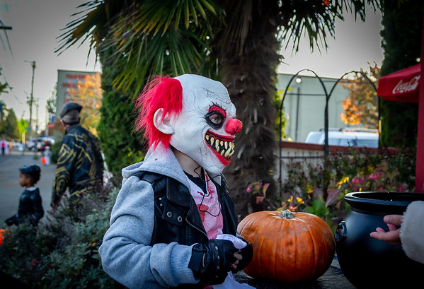 Down to the Theater, Set one: Halloween on Vashon Island 2019