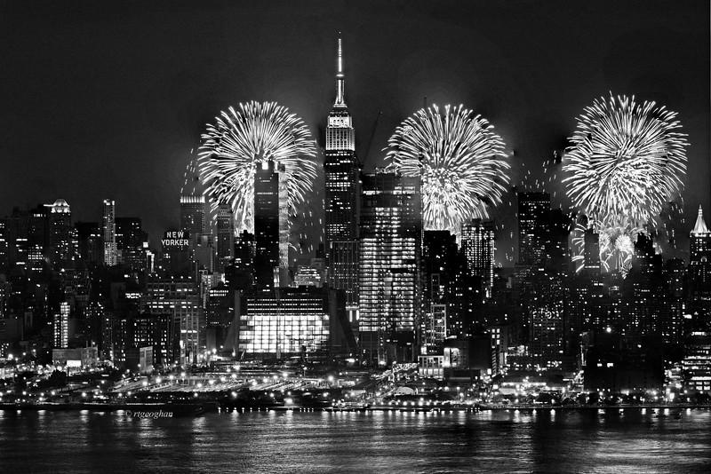 July 3_NYC-FireworksBW_ReginaGeoghan.jpg