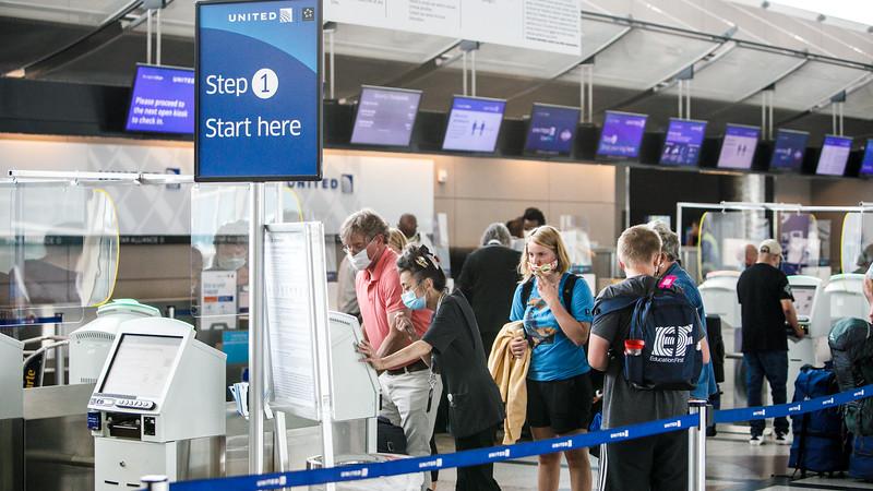 082020-terminal_checking-in-141.jpg