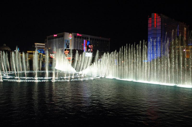 Fountain26.JPG