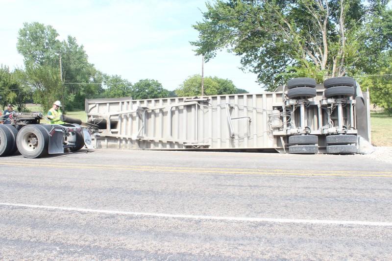 2015-0803-truck-flip-2-960x600.jpg