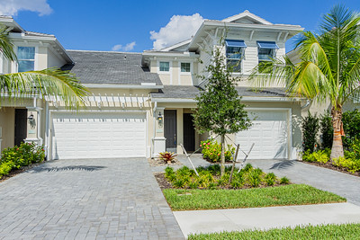6960 Avalon circle #806, Naples, Fl.