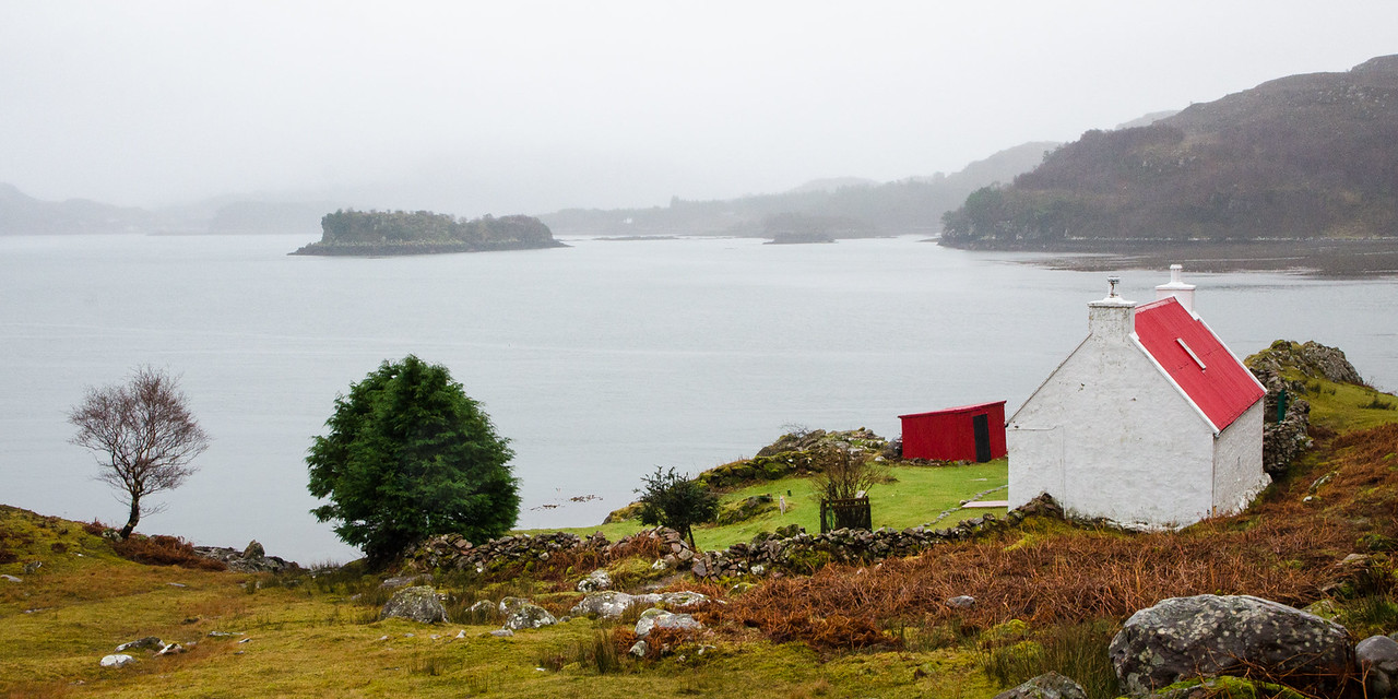 NC500 - Applecross - Red cottage