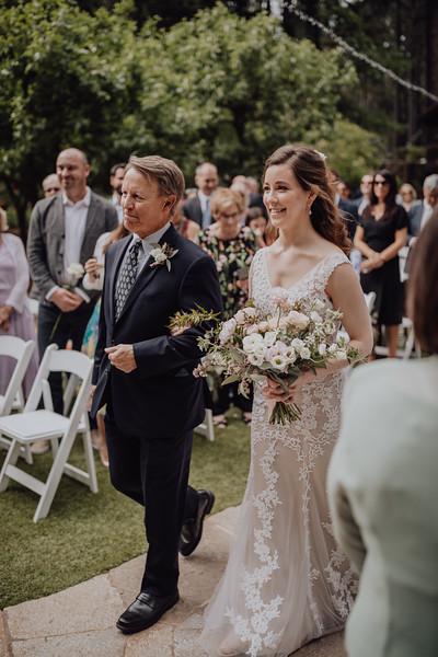 2018-05-12_ROEDER_JulieSeth_Wedding_ROEDER1_0116.jpg