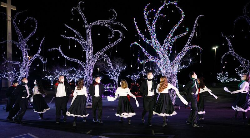 3C-Christmas-12.16.2020-0736.jpg