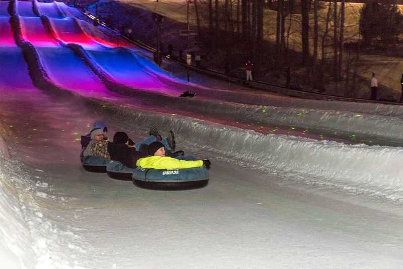 Glow-Tubing_1-29-16_Snow-Trails-9503.jpg