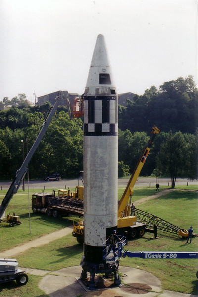 missile-removal-083198a1.jpg
