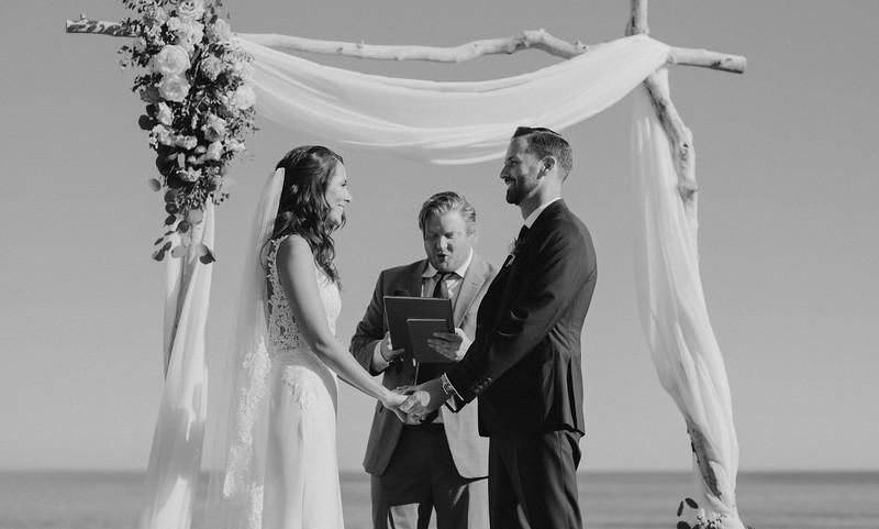 Jenn&Trevor_MarriedB&W463.JPG