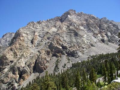 8/15/2010 - Mt. Whitney Hike Day 2 : Mahogany Flat & Anvil Camp